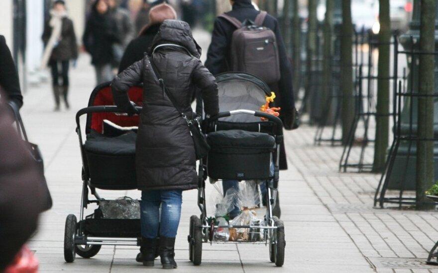 Vaikų netekusi motina: turėjome mesti gerti ir nustoti muštis