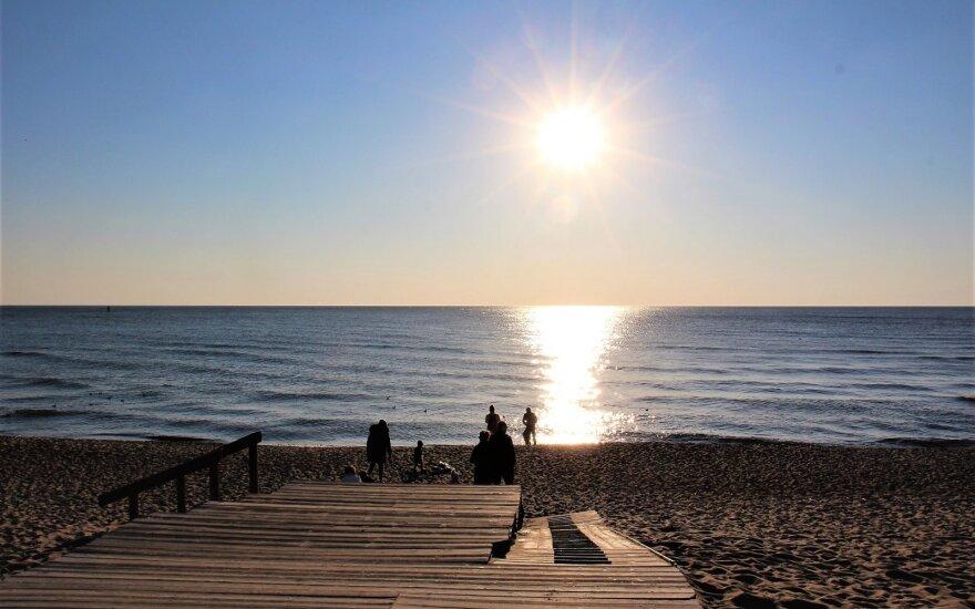 Po savaitgalio į Lietuvą atplūs didžiulė šiluma: žada naujus rekordus