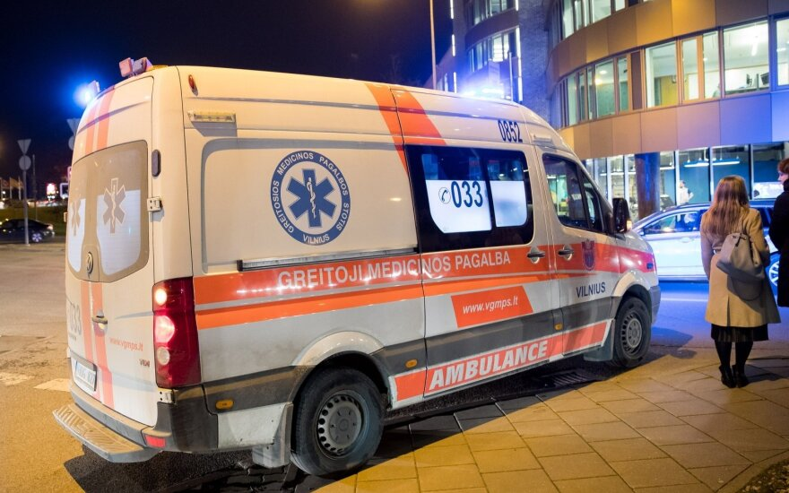 More emergency crews among planned reforms of Lithuania's health care system