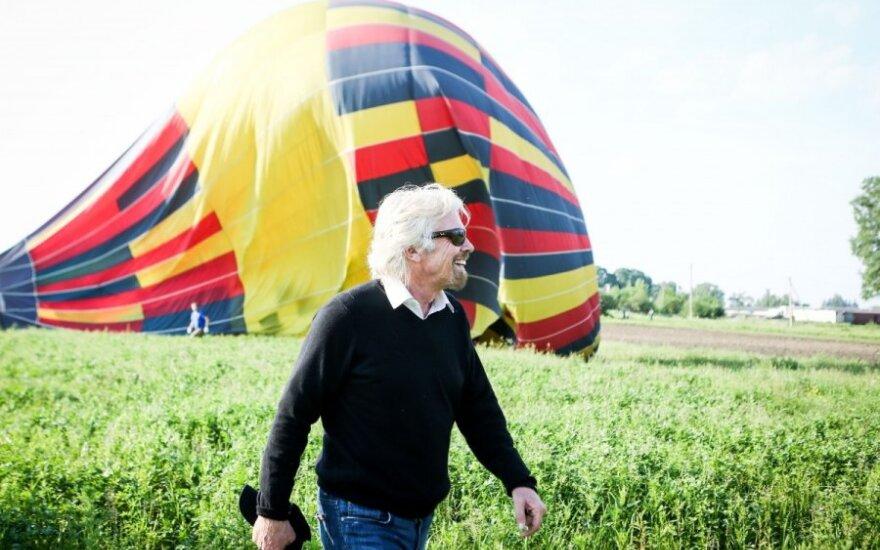 R. Bransono balionas mirtinai įbaugino kumelę