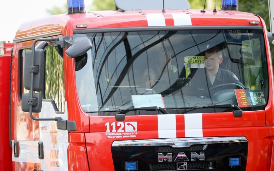 Linksmybės Alytaus rajone baigėsi tragedija: žuvo žmogus