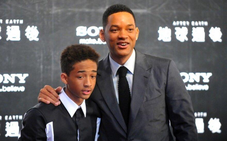 Willas Smithas ir jo sūnus Jadenas Smithas