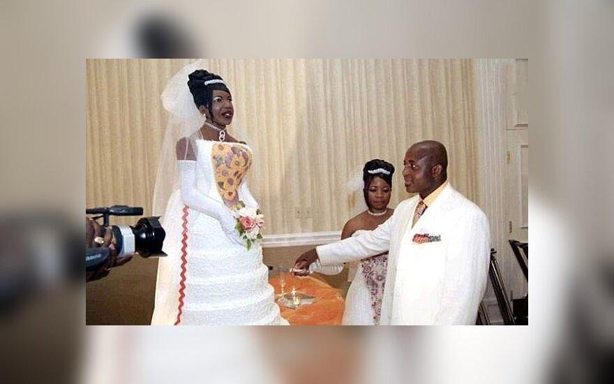 Vestuviniai kadrai, prajuokinę internautus
