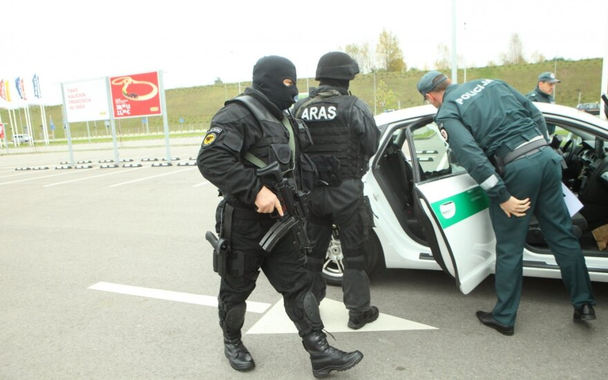 Officers of Lithuania's elite squad forced to take second jobs
