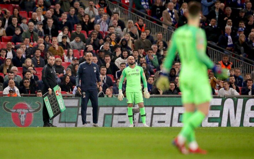 """Sumaištis finale: treneriui nepaklusęs """"Chelsea"""" vartininkas pralaimėjo Lygos taurę """"Man City"""" klubui"""