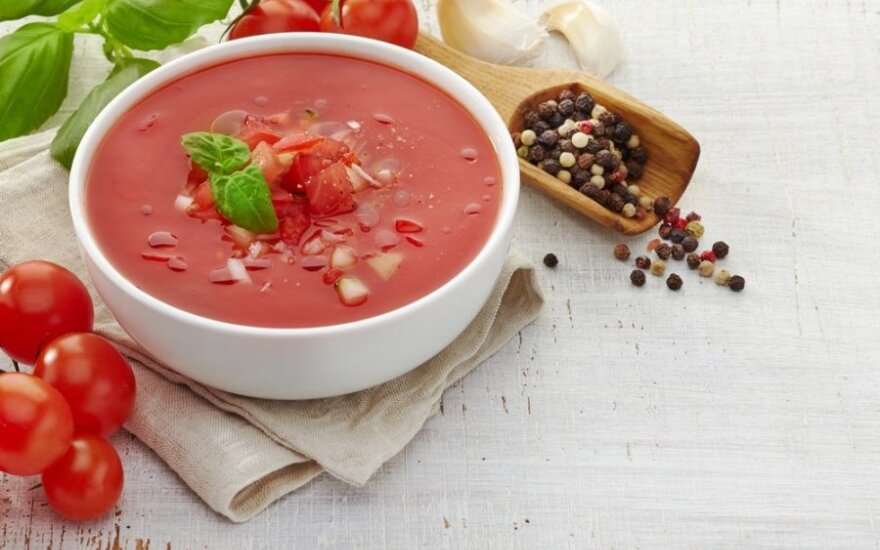 Vidos pomidorų sriuba su paprikomis