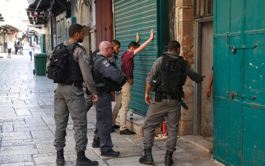 Per išpuolį Jeruzalėje pašauti du Izraelio policininkai mirė