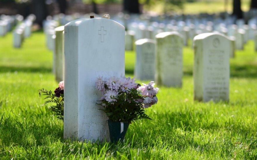 Išsikovojo kapines tik lesbietėms