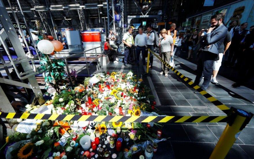 Vokiečių prokurorai aiškinasi aštuonmečio nustūmimo po traukiniu motyvus