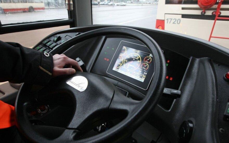 Troleibuso vairuotojo poelgis nustebino keleivį: ne kiekvienas taip darytų