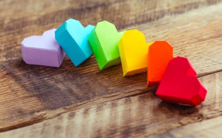 Valentino diena kitaip: patarimai, kaip nustebinti mylimąjį