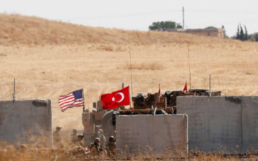 JAV nežino, kas sudaro Turkijai sąjungines Sirijos opozicijos pajėgas