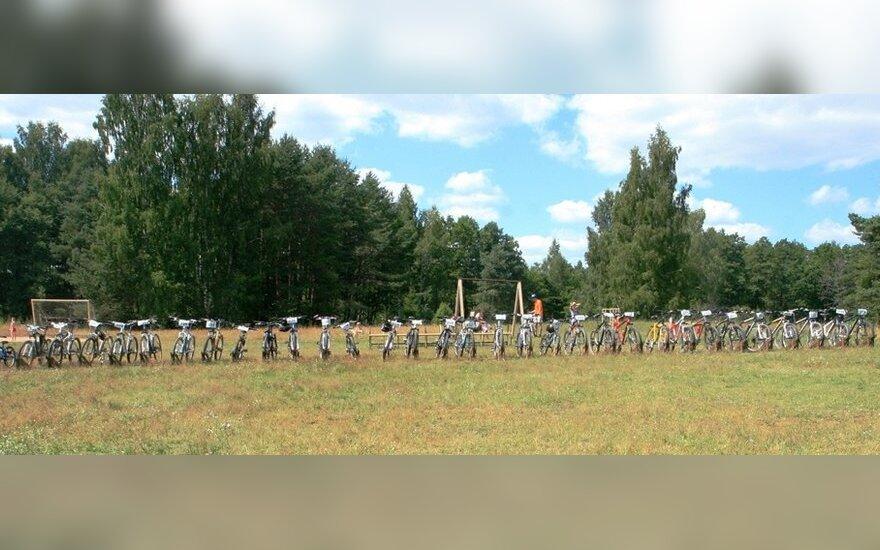Didžiausias dviračių stovas, pristatytas 2011 Belvilio etape (nuotr.Giedriaus Budrio)