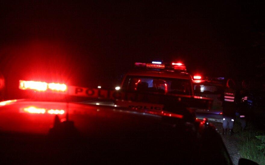 """Šalčininkų rajone jaunos moters vairuojamas """"Audi"""" mirtinai partrenkė pėsčiąją"""