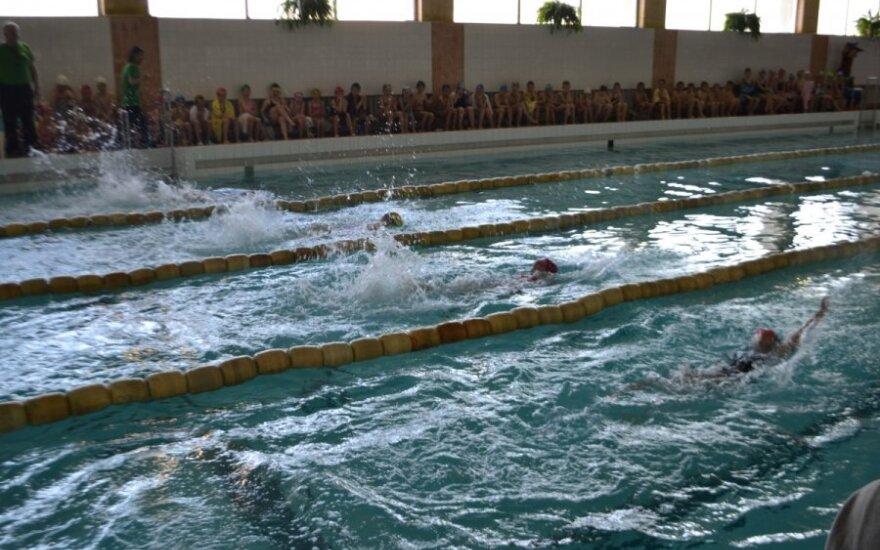 Susirūpino Rokiškyje augančiais vaikais - nori išmokyti juos plaukti
