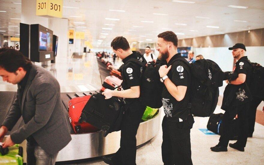 """""""General Financing team Pitlane"""" komandos nariai į Dakarą pasiėmė daug bagažo"""