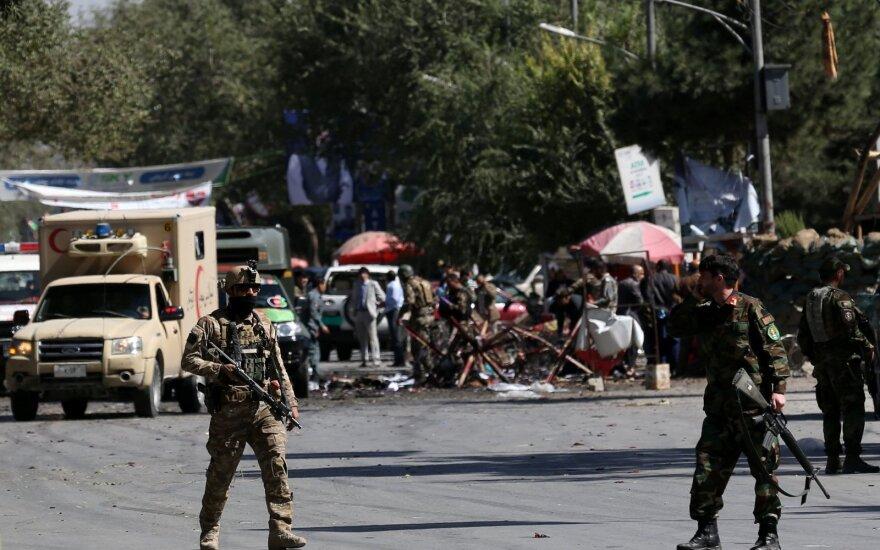Afganistane sprogimas per prezidento rinkimų kampanijos mitingą pareikalavo 24 gyvybių
