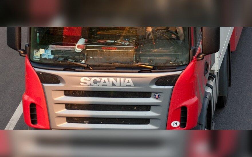 Krovininio transporto įmonės protestuoja prieš Prancūzijos reikalavimus
