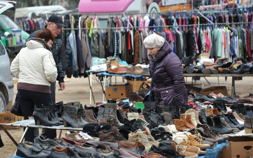 Veisėjų turgus. Batai