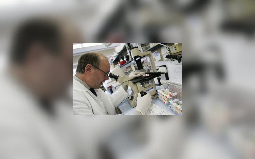 Mokslas, mokslininkas, laboratorija, tyrimai, pandemija
