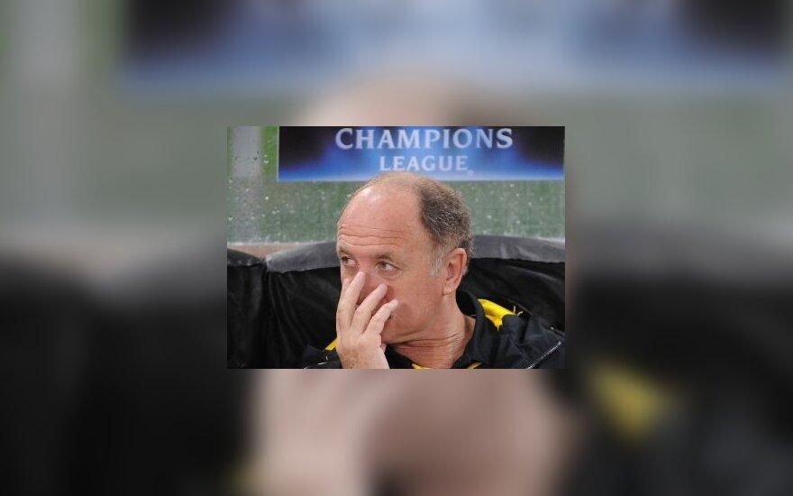 """Londono """"Chelsea"""" klubas atleido trenerį L.F.Scolari"""