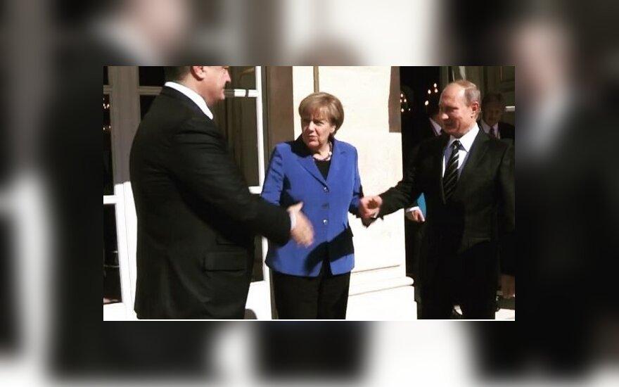 """Porošenka įspėjo apie Kremliaus """"Trojos arklį"""" Europai"""