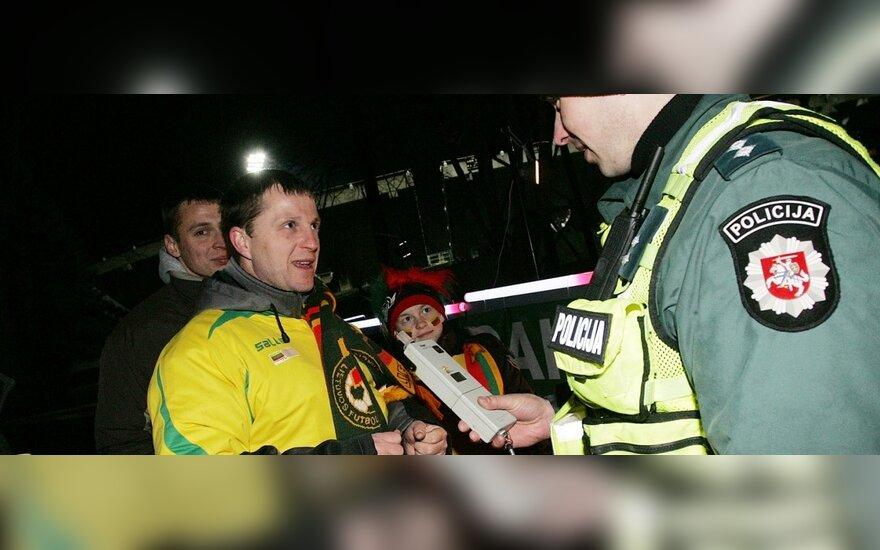 Futbolo varžybose – raginimai nevairuoti apsvaigus
