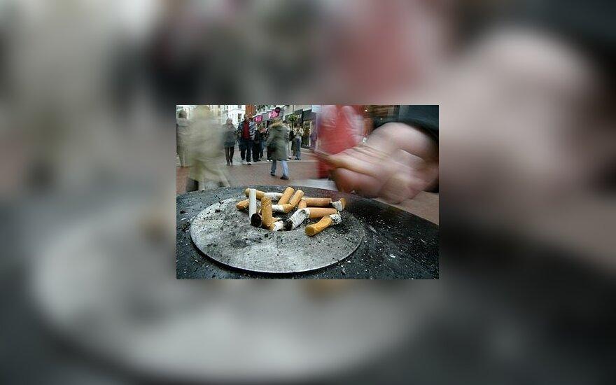 Pasyvus rūkymas vaikams sukelia protinius ir elgesio sutrikimus