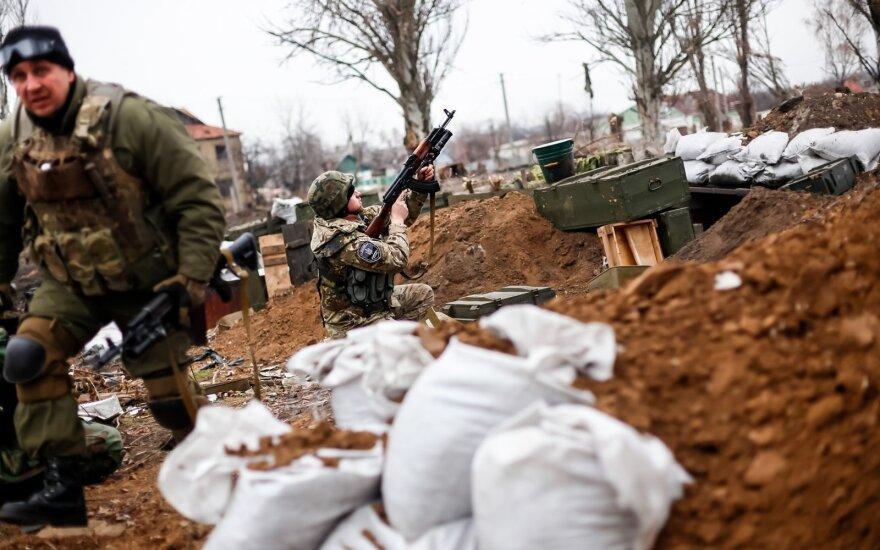 Separatistai Ukrainos rytuose paskelbė apie pasitraukimą