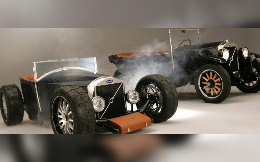 Hot Rod Jakob (kairėje) ir originalus Volvo ÖV4