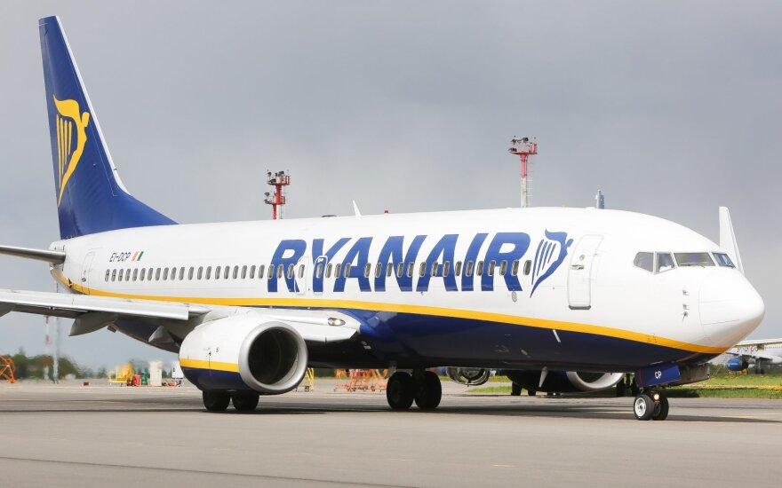 """Po tyrimo paaiškėjo """"Ryanair"""" melas dėl Vilniuje atšaukto skrydžio"""
