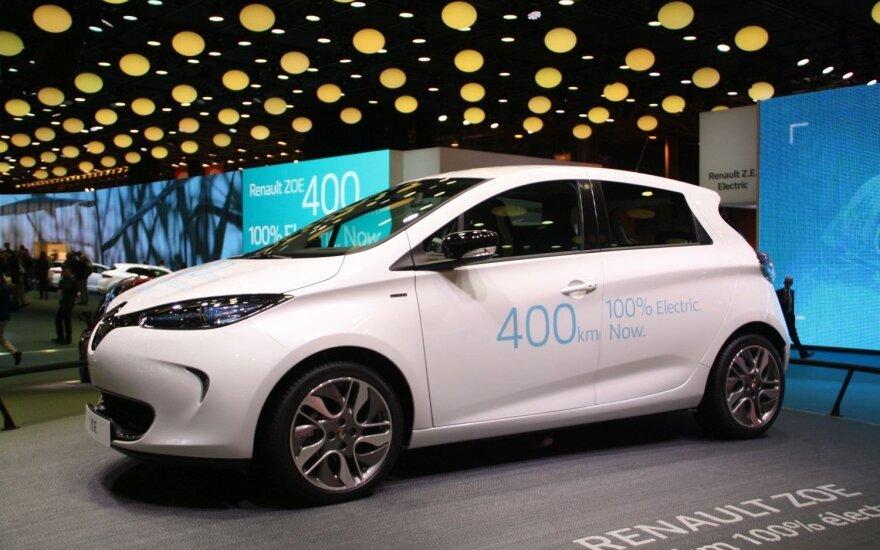 """""""Renault Zoe"""" dabar galės vienu įkrovimu įveikti iki 400 km"""
