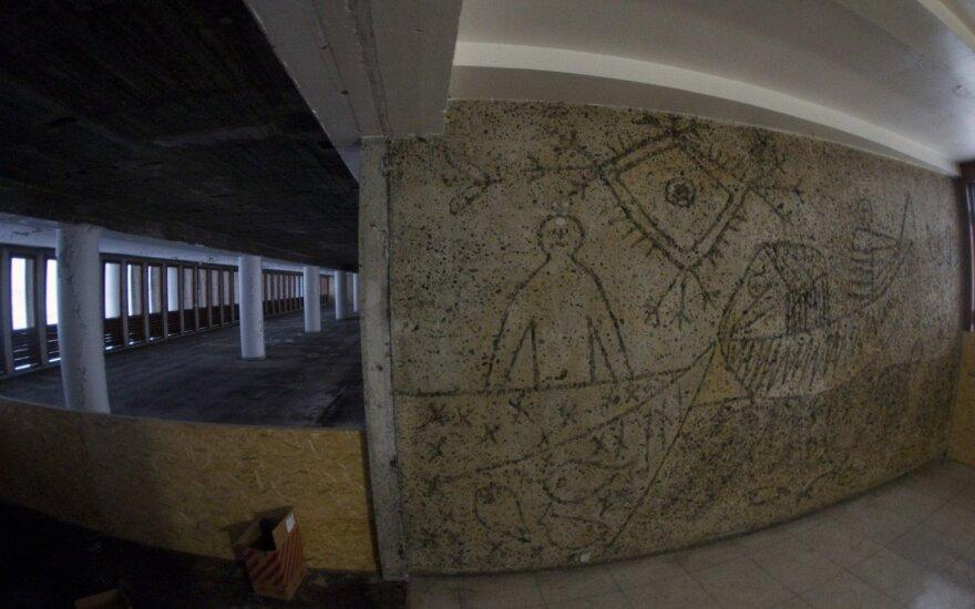 P. Picasso raižiniai betone