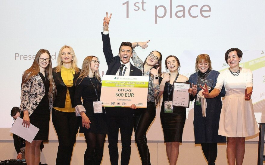The First Place Winners of the JA Marketpalce event @kaunieciams.lt