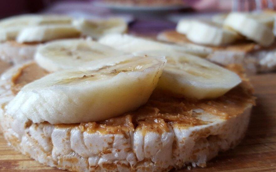 Užkandis su riešutų sviestu