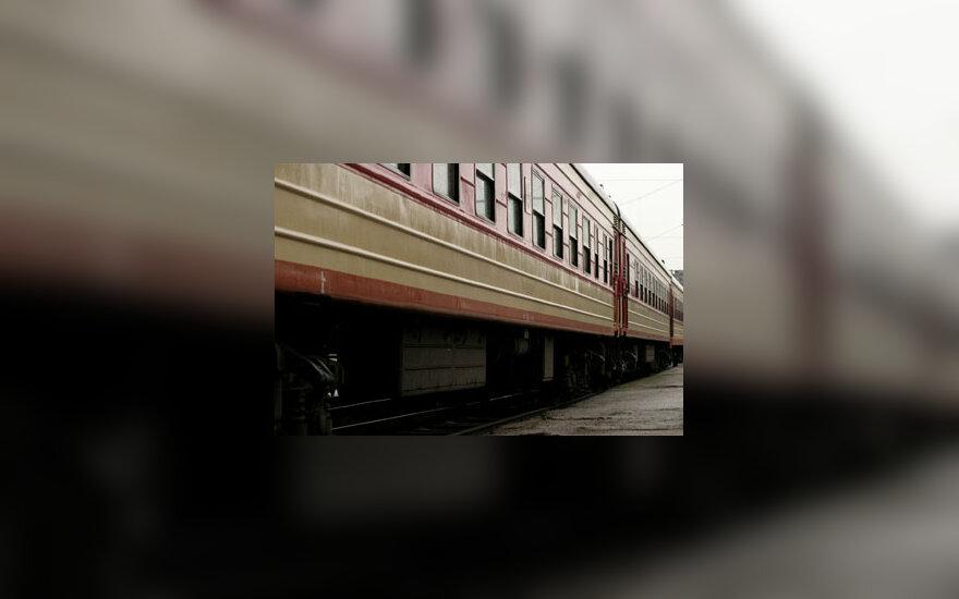 Traukinys, geležinkelis, vagonas