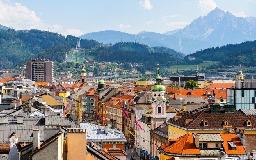 Austrija keičia taktiką dėl Didžiojo penktadienio