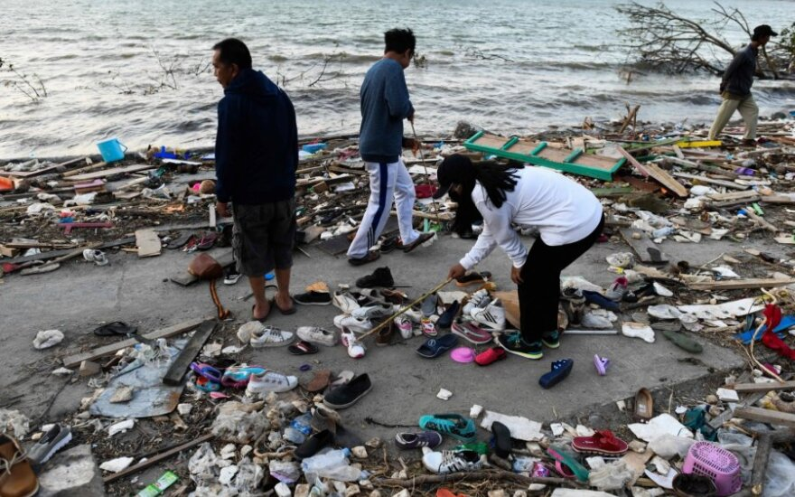 Indonezija po žemės drebėjimo ir cunamio