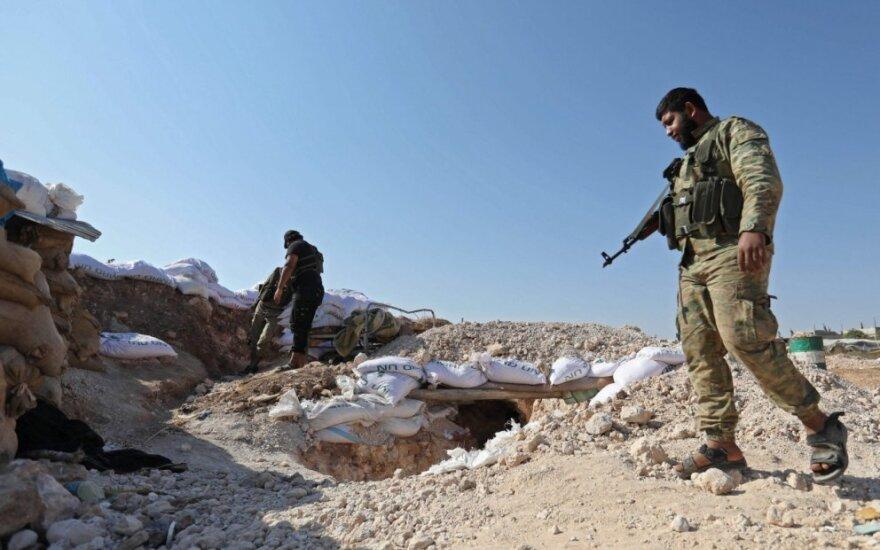 Sukilėlių gynybiniai įtvirtinimai netoli Idlibo