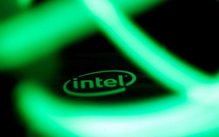 """Aptiko naują """"Intel"""" įrangos saugumo spragą"""