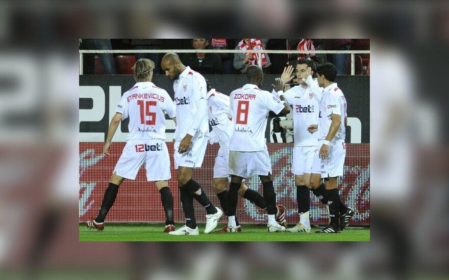 """M.Stankevičius sveikina """"Sevilla"""" komandos draugus"""