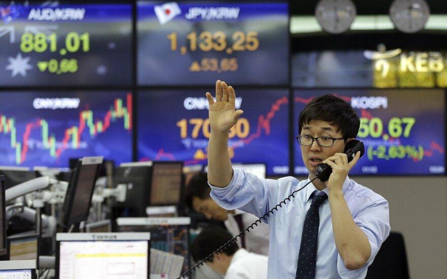 Pirmąją 2017 m. prekybos savaitę investuotojai baigė keldami didžiųjų indeksų reikšmes
