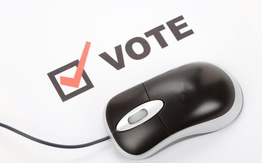Prezidentūra: už 2 mln. galima sukurti kiaurą rėtį, o ne internetinio balsavimo sistemą