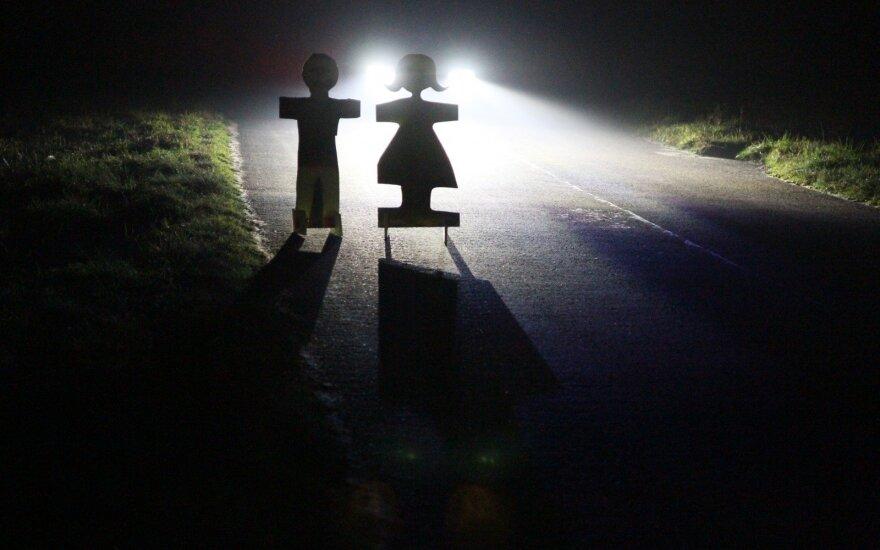 Kas gali nutikti, jei įprastas automobilio lemputes pakeisite į LED