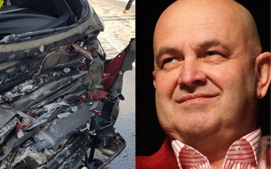 Į Artūro Orlausko automobilį trenkėsi vilkikas