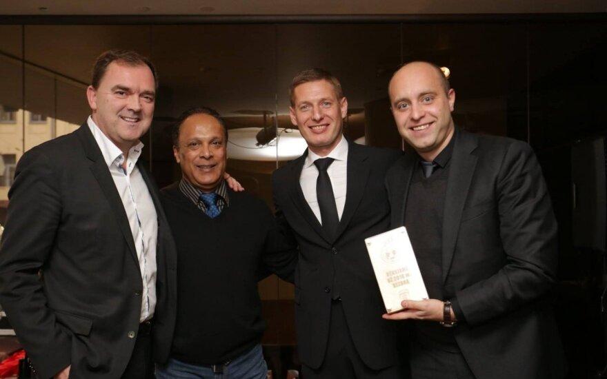 """Richardas Walshas, Mario Barreto, Sergejus Slyva, Nerijus Dunauskas (""""FC Stumbras"""" nuotr.)"""