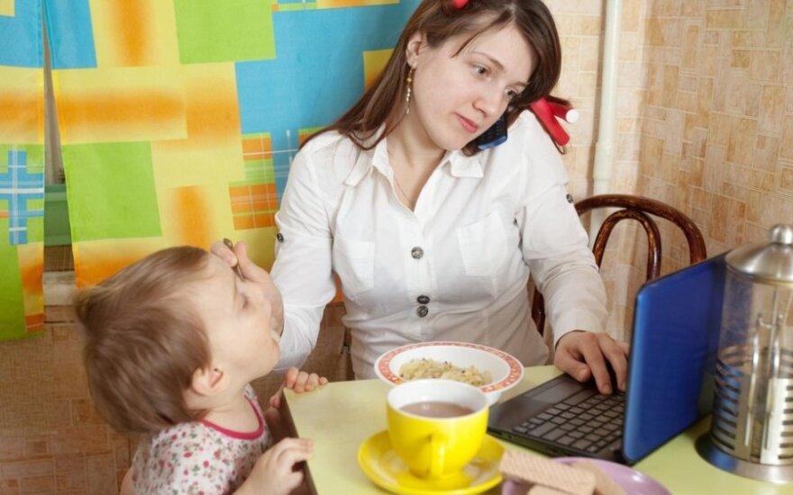 Prižiūrėdamos vaikus, moterys kurs išmanius verslus