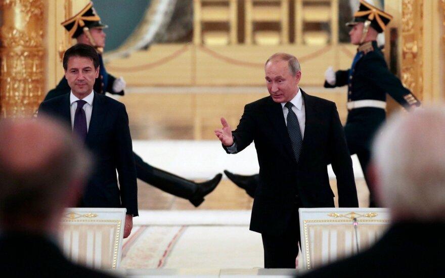 Giuseppe Cont, Vladimiras Putinas