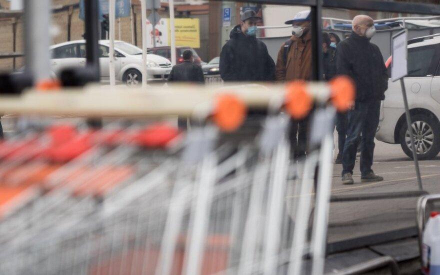 Per šventes keisis parduotuvių darbo laikas: dėl karantino pataria apsipirkti anksčiau arba internetu
