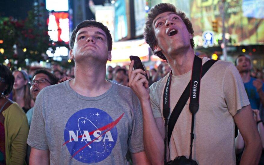 """Marse sėkmingai nusileido NASA marsaeigis """"Curiosity"""""""